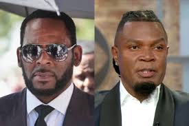 R. Kelly's crisis manager steps down.