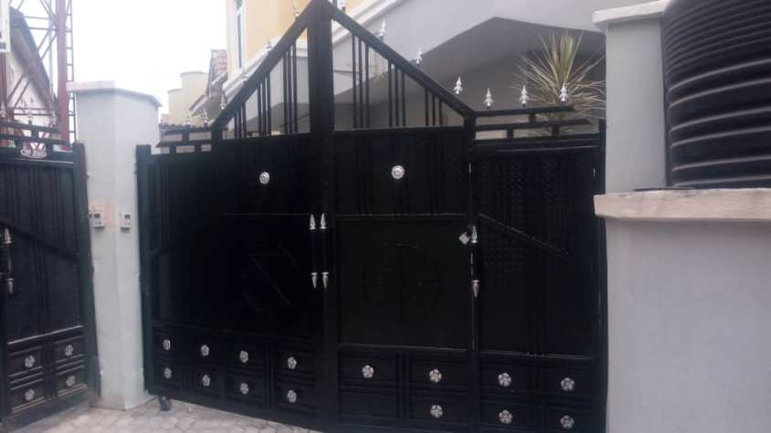 5 Bedroom Duplex for sale at Agungi, Lekki.